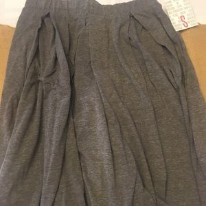 Small NWT LuLaRoe Madison skirt grey